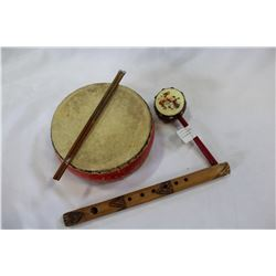 LOT OF EASTERN MUSICAL INSTRUMENTS