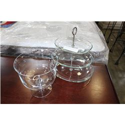 CLEAR GLASS TRIFLE DISH BOWL AND THREE TIER GLASS CAKE SERVER