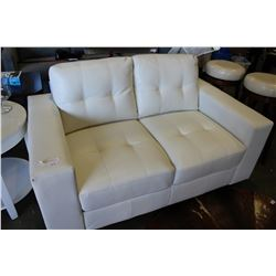 NEW HOME ELEGANCE MODERN WHITE LEATHER SOFA, RETAIL $899