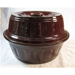 USA Stoneware Brown Bean Pot and Lid