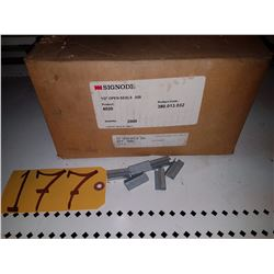 Box ofSignode 1/2'' Open seals for Strap