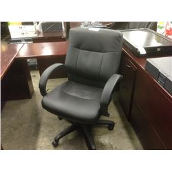 BLACK 'LEATHER' MIDBACK EXECUTIVE CHAIR - STYLE 2