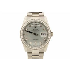 WATCH:  [1] Platinum gents Rolex Oyster Perpetual Day Date President watch with a platinum dial and