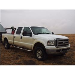 2005 Ford F350 Super Duty, Crew Cab, 4WD, 261303 KM, V10