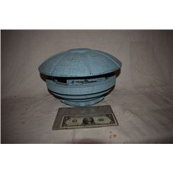 BATTLESTAR GALACTICA PROTOTYPE CYLON BASE MINIATURE