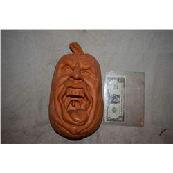 HALLOWEEN SCREAMING JACK O LANTERN