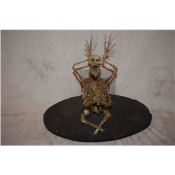 PRAYING SKELETON CREATURE MAQUETTE