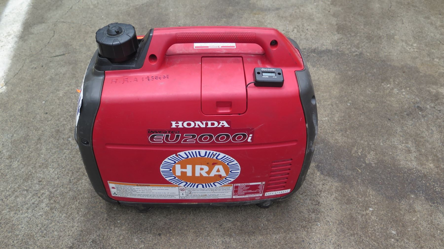 ... Image 3 : Honda EU2000I 2000 Watt Portable Generator W/Inverter, Super  Quiet ...