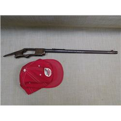 BARREL & WINCHESTER RECIEVER + HAT