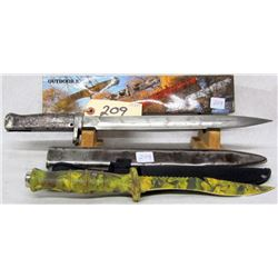12  CAMO SURVIVIOR KNIFE, UNKNOWN 12  BAYONET