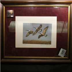 No. 5751/9939 Print of Canada Geese in a frame (glass is broken) includes North Dakota Resident Smal