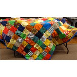 "Fancy, colorful utility quilt, tied, green scalloped border, 83"" x 70"""