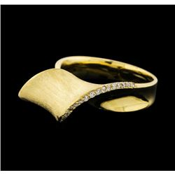 0.15 ctw Diamond Ring - 14KT Yellow Gold