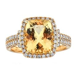 3.51 ctw Beryl and Diamond Ring - 14KT Yellow Gold