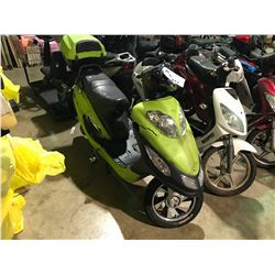 GEO ECOMOTO GREEN/BLACK/BLUE ELECTRIC  SCOOTER   (NO  REGISTRATION OR KEY OR CHARGER)