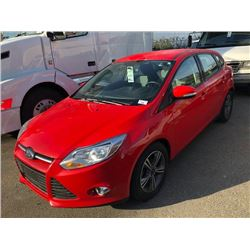 2014 FORD FOCUS SE, RED, 4 DOOR HATCHBACK, GAS, AUTOMATIC, VIN#1FADP3K22EL328903, 38,957KMS,