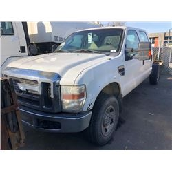 2008 FORD F350, WHITE, CREWCAB, NO BOX, GAS, AUTOMATIC, VIN#1FTWW315X8ED56166, 295,265KMS,