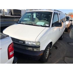 2004 CHEVROLET ASTRO VAN, 4 DOOR, WHITE, GAS, AUTOMATIC, VIN#1GNDM19X04B110902, 52,310KMS,