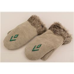 Native Mittens with Fur