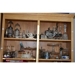 Two shelf lots of collectibles including antique pickle castors, spooner, cruet set, tea pot, glass
