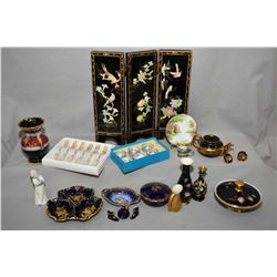 Two tray lots of collectibles including miniature three panel divider with applied birds and trees,
