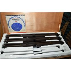 Laser Optics Astronomical telescope D=80mm F=1200mm in wooden case fitted with large selection of ac