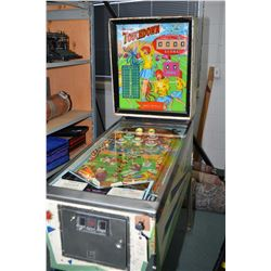 "Vintage Williams ""Touch Down"" dual flipper pinball machine in reasonable working condition at time o"