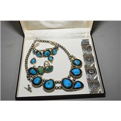Selection of silver and turquoise style jewellery including necklace, earrings, bracelet plus small