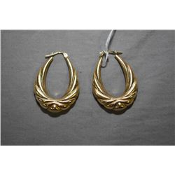 Ladies 14kt yellow gold Italian made earrings. Retail replacement value $800.00