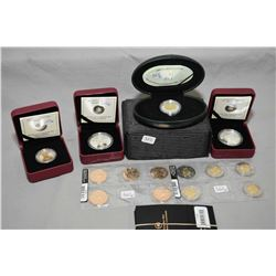 Selection of Royal Canadian boxed coins including 2000 Polar Bear, two 2011 $10 fine silver coins in