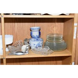 Shelf lot of vintage china and glass collectibles including Chantilly Meakin plate, blue and white,