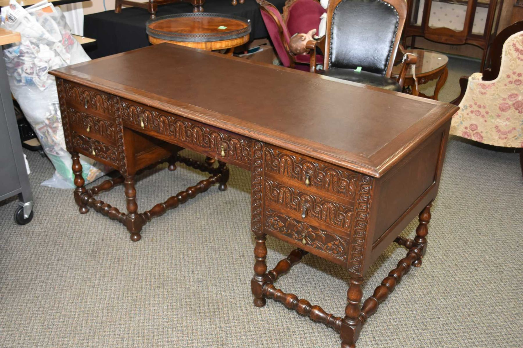 ... Image 2 : Antique Oak Free Standing Double Pedestal Leather Topped Office  Desk With Faux Drawers