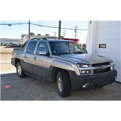 2003 Chevrolet Avalanche, 5.3 ltre engine, leather interior, Power seats and windows, air conditioni