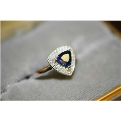 Ladies brand new platinum, blue sapphire and diamond ring set with 1.09ct modified brilliant cut nat