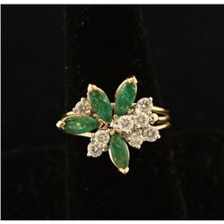 Ladies Vintage Diamond & Emerald Ring