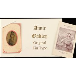 Lot of 2 Annie Oakley Items
