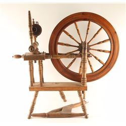 American Antique Spinning Wheel
