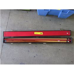 2 Piece Pool Cue with Case