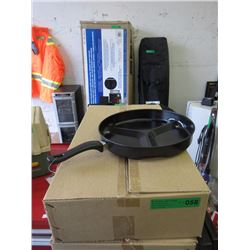 Case of 6 New Frying Pans