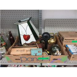 Box of Decoratives & Collectibles