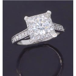 18KT White Gold 0.96ctw Diamond Ring