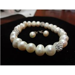 Freshwater Pearl Braclet with ear studs