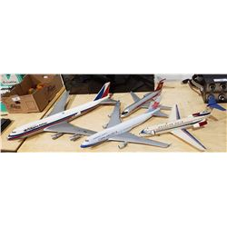 LOT OF 4 LARGE PLASTIC PLANE MODELS
