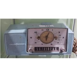 GENERAL ELECTRIC CLOCK RADIO