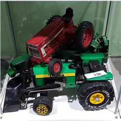 LOT OF DIE CAST & TIN TRACTORS