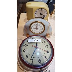 LOT OF 3 CLOCKS