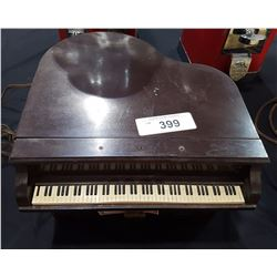 UNIQUE GENERAL TELEVISION GRAND PIANO RADIO
