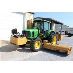 2010 JOHN DEERE 6330 Farm Tractor VIN/SN:L06330B633317 - MFWD, 3 PTH, PTO, single remote, Diamond fl