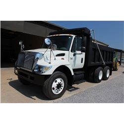2006 INTERNATIONAL 7400 Dump Truck, VIN/SN:1HTWHAAR46J304928 -T/A, 7.6L 260 HP Int. DT466 engine, Al