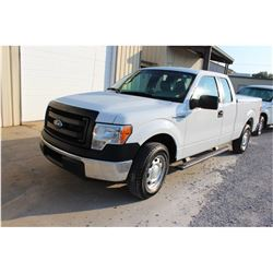 2014 FORD F150 Pickup Truck, VIN/SN:1FTEX1CM7EFC09620 - ext. cab, V6 gas, A/T, AC, bed cover, 92,683